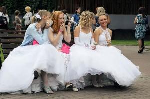brides-14085_640