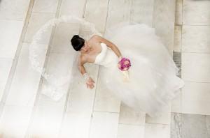 wedding-dress-433655_640